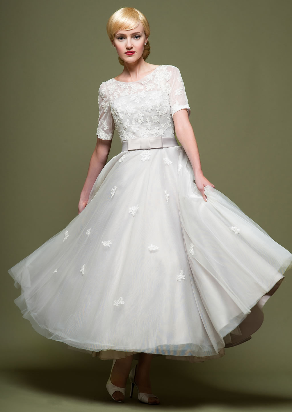 Sucessful sale shopping emma 39 s top 5 bargains miss for 1960 style wedding dresses